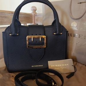 Brand New BURBERRY BUCKLE TOTE
